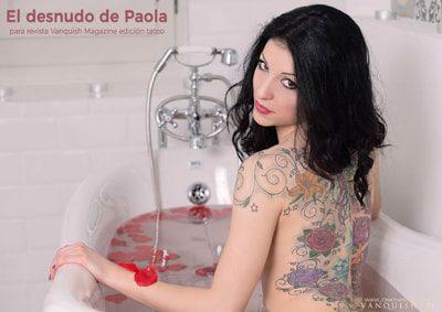 El desnudo de Paola en la bañera