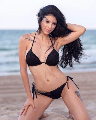Si te han gustado esta sesión fotos tal vez quieras ver las fotos de Paola en su sesión playa y montaña